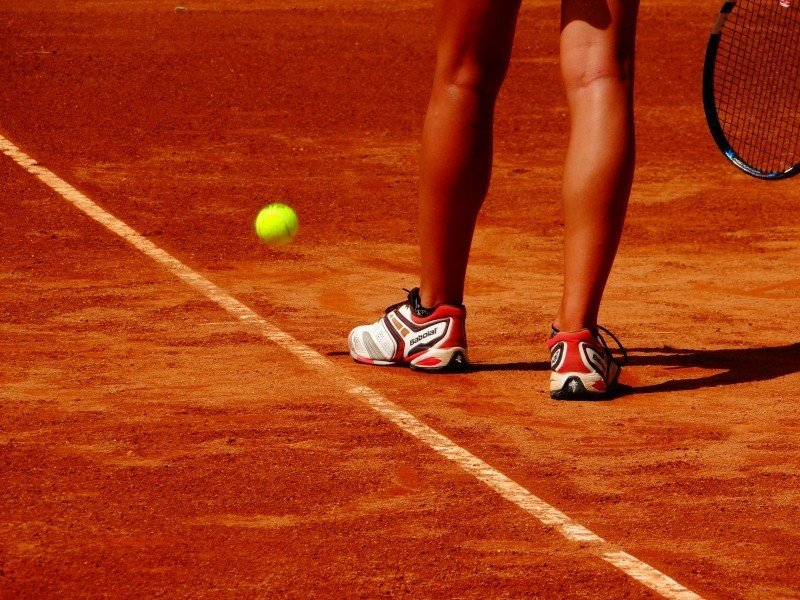 tennis-racket-sport-court